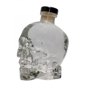 eine Flasche Crystal Head Vodka
