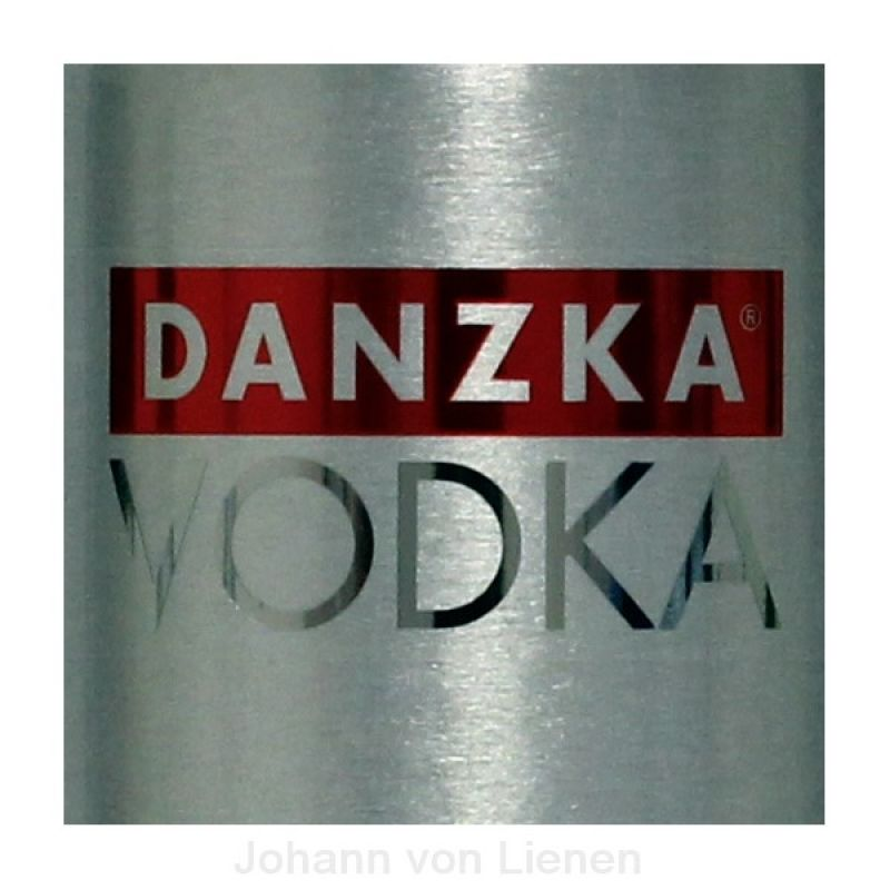 Danzka Vodka Red in Metallflasche 1 L 40%vol