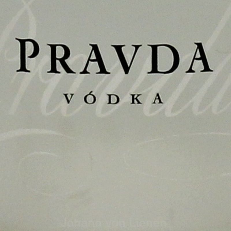 Pravda Vodka aus Polen 0,7 L 40%vol